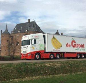 De Groot Global Logistics koopt 11 New Generation Scania's.
