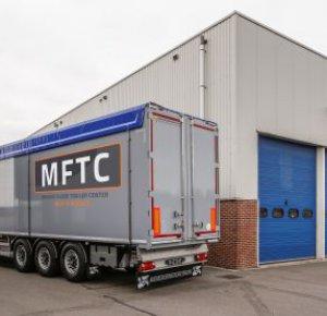 MFTC verhuurt en verkoopt Kraker-schuifvloertrailers.