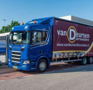 Van Deursen Diervoeders koopt tweede Scania.