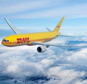 DHL Express versterkt intercontinentaal netwerk met 14 nieuwe Boeing 777 vrachtvliegtuigen.