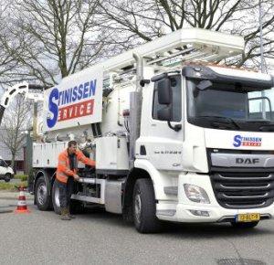 Stinissen Service: DAF CF zeer geschikt voor specialistisch werk aan riolering.