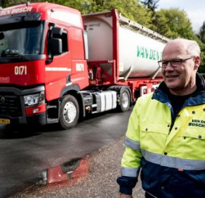 Van Den Bosch Transporten kiest wederom voor Renault Trucks T.