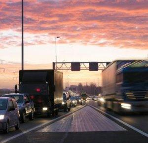 Tien vragen en antwoorden over de vrachtwagenheffing.