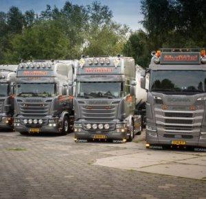 Van de Wiel bouwt zijn droom verder uit met Scania S450.