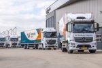 Twee nieuwe Mercedes-Benz Actros trucks voor Formule 1 Logistics.