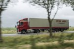 Peter Appel Transport neemt zes Volvo LNG-trucks in gebruik.