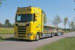 Hendriks rijdt met nieuwe Scania S580 V8 autotransporter door heel Europa.