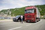 Primeur: nieuwe Mercedes-Benz Actros baanbrekend in veiligheid en techniek