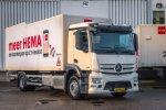 Eerste Mercedes-Benz trucks voor HEMA.