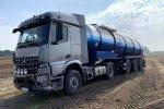 Twee Arocs-trekkers met HAD (Hydraulic Auxiliary Drive) voor Partoens Agro Service.