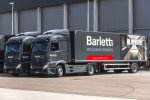 De Mandemakers Groep voegt nogmaals negentien nieuwe Actros trucks toe aan de vloot.